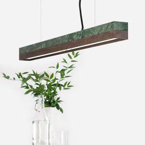 Grøn marmor og rusten stål