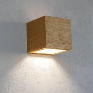 Væglampe egetræ QUBIQ 11 cm